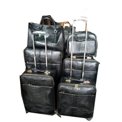 6 PIECE SET TRAVELLING LUGGAGE