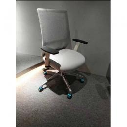 DELUXE OFFICE SWIVEL CHAIR|DEL 242