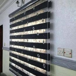 Day And Night Blinds large (W7ft x L5ft) medium (W5ft x L5ft) mini (W3ft x L4ft) semi large (W6ft x L5ft) small (W4ft x L5ft)