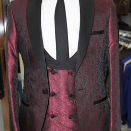 RITZY MEN'S WINE FLOWER LIKE 3 PIECE SUIT |SUT 013 (AVAILABLE IN ALL SIZES)