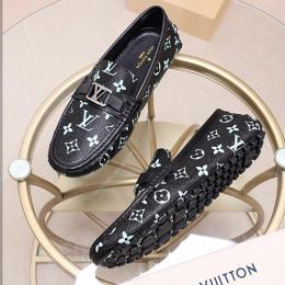 LOUIS VUITTON CLASSIC MEN SHOE (AVAILABLE IN ALL SIZES) 141