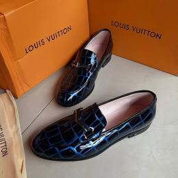 LOUIS VUITTON FANCY MEN'S (AVAILABLE IN ALL SIZES) 152