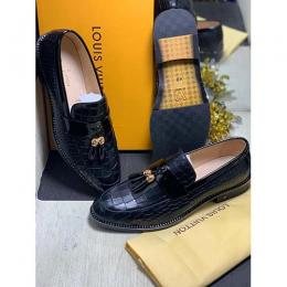 LOUIS VUITTON HIGH QUALITY LUXURY MEN'S SHOE (AVAILAIBLE IN ALL SIZES) 324