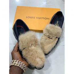 LOUIS VUITTON HIGH QUALITY LUXURY MEN'S SHOE (AVAILAIBLE IN ALL SIZES) 332