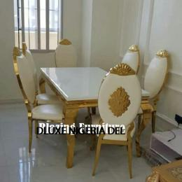 Elegant Marble Dinning With 6 Chairs