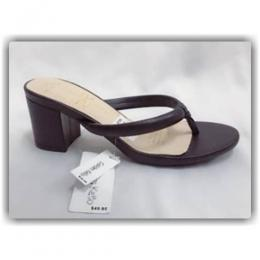 LADIES MID LOW HEEL SHOE(AVAILABLE IN ALL SIZES)