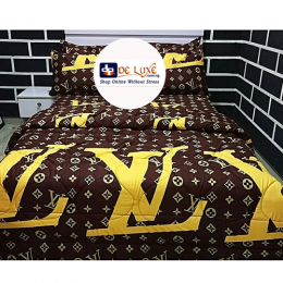 Deluxe Bedsheets With Four Pillow Cases