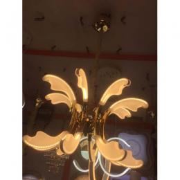 EXECUTIVE CHANDELIER LIGHT 012 - deluxe.com.ng