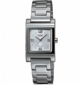 Casio LTP1237D-7A Women's Silver-Tone Analog Bracelet Watch
