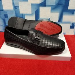 SALVATORE FERRAGAMO LUXURY CASUAL MEN'S LOAFERS|BLACK(AVAILABLE IN ALL SIZES) 240 HI
