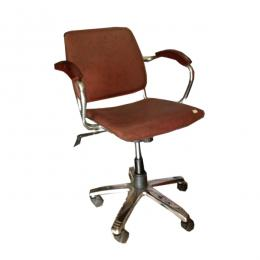 Swivel Chair(LBB)